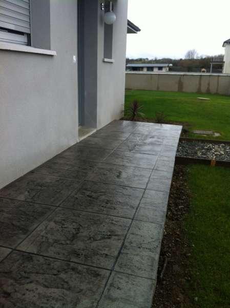 B ton cir gris fran ais dans un glise lembeye 64 Entretien sol beton cire